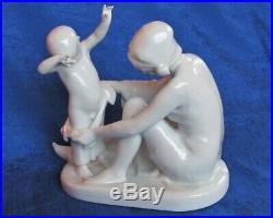 1914 KPM Paul Schley 1912 Berlin Woman boy nude Antique German porcelain figure