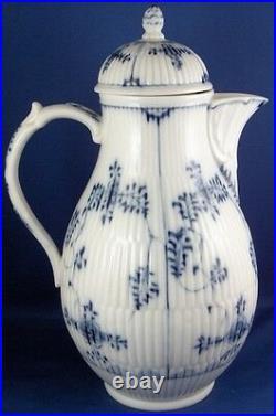 Antique 18thC KPM Berlin Porcelain Strawflower Coffee Pot Porzellan Kanne German