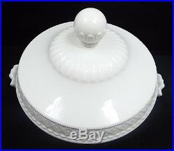 Antique Berlin KPM Porcelain Kurland Tureen Covered Vegetable Bowl, Factory 2nd