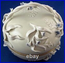 Antique KPM Berlin Porcelain Art Nouveau Celadon 3D Flowers Box Porzellan Dose