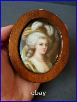 Gorgeous Antique KPM Style Porcelain Plaque In Wooden Frame