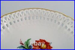 KPM, Berlin. Antique plate /bowl in openwork porcelain with hand-painted flowers